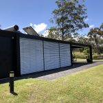 Ultimate 120S H3 E White slats black pelmet