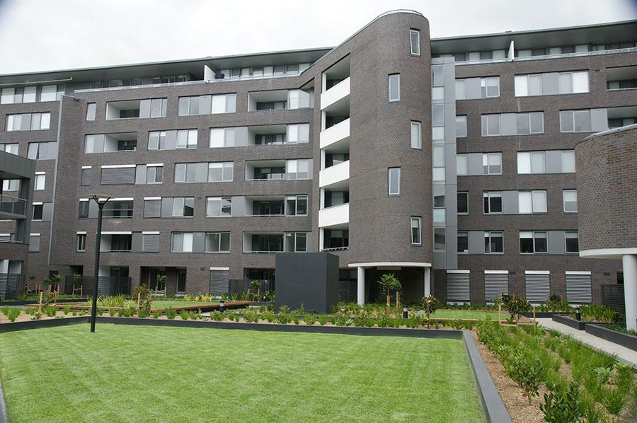sekisui-house-hutchinson-builders-120s-grey-alu-wire-guide-5