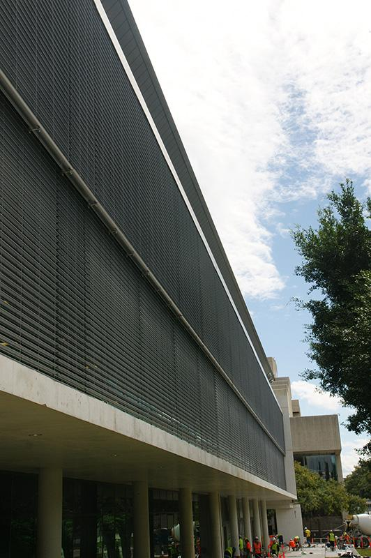 sure-shade-120s-ultimate-facade-mount-wire-guide-144-linear-metres-4200mm-wide-4300mm-high-2